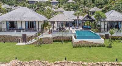 Photo for 4BR Beachfront villa in 5* Beach Resort