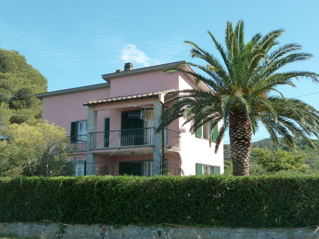 Detached Carefully Furnished Villa 120 Sqm Surrounded By Greenery Warren Sugarbush Mad River