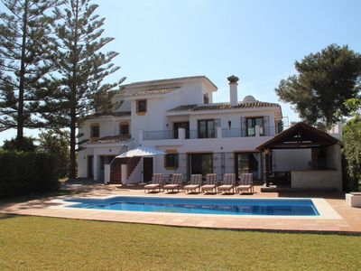 Photo for Detached 4 Bedroom Villa With Private Pool And Garden