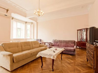 Photo for Beautiful 5 room apartment in the heart of the city