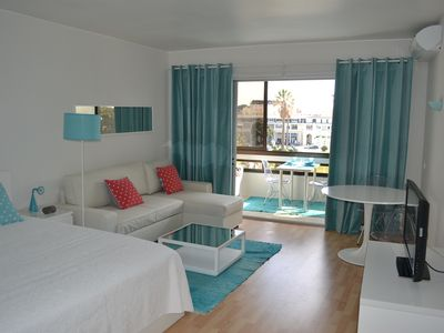 Photo for Magnificent apartment in the heart of Estoril and beachfront. Wifi
