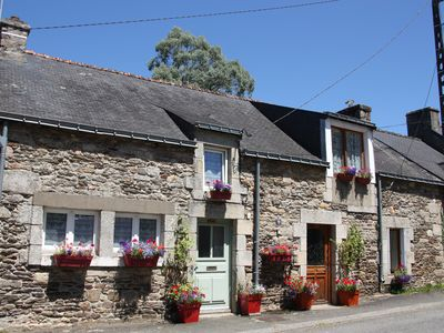 Photo for Two adjoining cottages offering accommodation for up to 8 people, with Pool