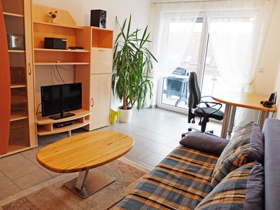 Photo for Cosy Holiday Apartment with Wi-Fi, Balcony and Garden; Parking Available