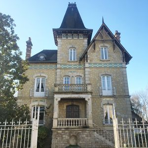 Photo for Beautiful French style mansion, in Terrasson Dordogne Valley