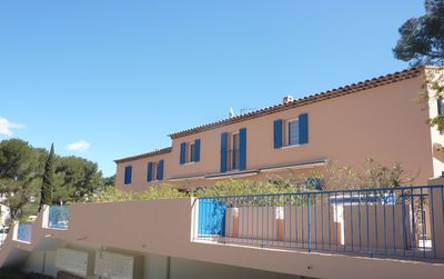 Photo for 3 mn walk from the beach, T2 Duplex with terrace, private residence, swimming pool