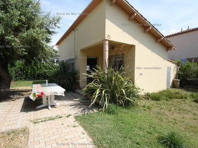 Photo for Authentic Mazet air-conditioned beachfront 50 m from the beach on fenced 550 m² in ...