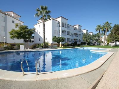 Photo for Ground floor apartment 2 mintue walk from Villamartin Plaza, Free wi-fi