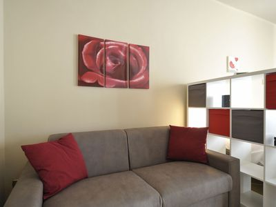 Photo for Spacious and bright one bedroom apartment in Bologna city center