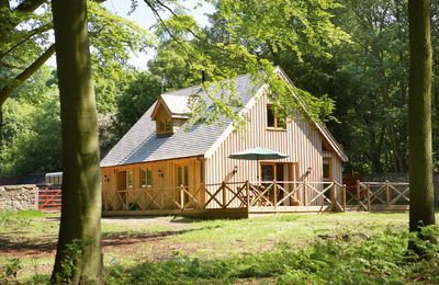 Photo for Deerpark Lodge sleeps six people and is perfect for a quiet getaway. Dog-friendly.