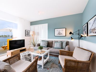 Photo for Luxury apartment in beachhouse style right on the sea -Barrierearm