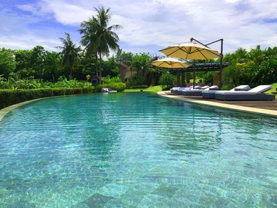 Photo for Domaine with swimming pool of 35 meters in the middle of Rice fields