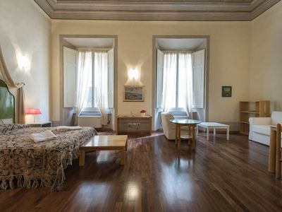 Photo for Tornaquinci Apartment 4 - Luxury next to the Duomo