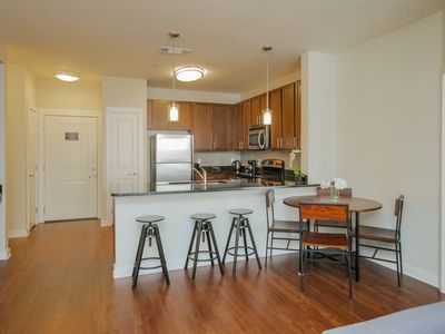 Photo for SoBe Nashville 2 BD|2 BA by Downtown with Parking