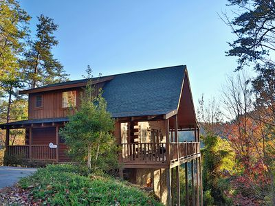 Photo for Mountain Views, Private Deck w/ Hot Tub, FREE Pool Access, Putt Putt, Fishing, Tennis, and MORE!