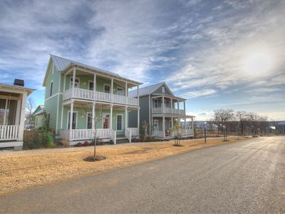 Photo for Spacious cottage in Carlton Landing with second story view of Lake Eufaula!