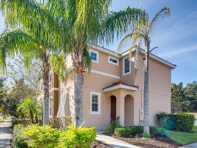 Photo for Carefully UV-Light Sanitized - 750 LF TH 4 bedroom 10 guests  - Private Pool