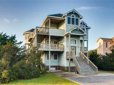 Soundside Island Charm, Kinnakeet Shores-Pool, Hot Tub, Game Room, Walk to Beach