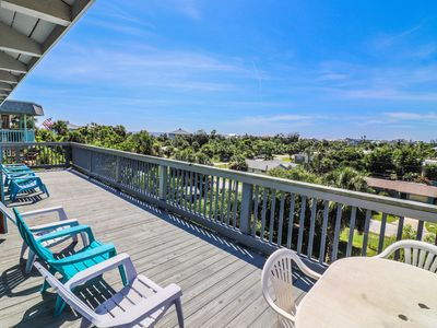 "Photo for ""The Lookout"" Beautiful 3 bed 2.5 bath North Beach NSB with views of the ocean and the river!"
