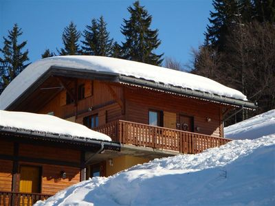 Photo for Savoyard Chalet in very warm wood. Return skis to the foot. Nice view of the Aravis.
