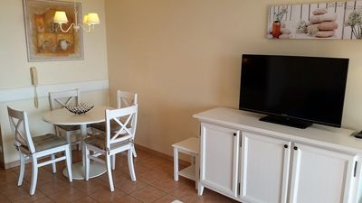 Photo for Nice 2 room apartment in a quiet overlooking the bay of St Tropez, large swimming pool.