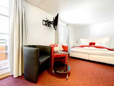 Photo for Double Room with Balcony - Boutiquehotel Lün