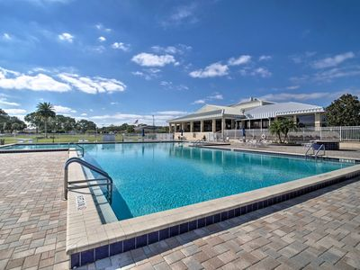 Photo for Orlando Country Club Home w/Pool ~6 Mi. to Airport