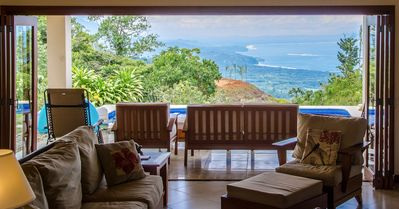 Imagine waking up to this every morning....amazing ocean and rain forest views