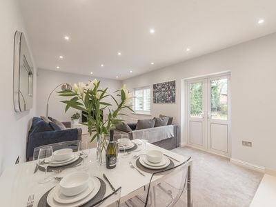 Photo for Stunning Ascot Ground Floor Apartment With Parking