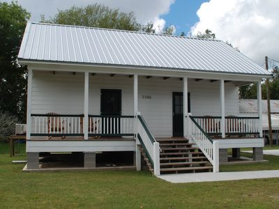 Relax on the Bayou in our 'Little Cajun' Cabin