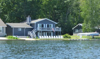 Immaculate All-Sports Lakefront -Golfer's Paradise -1 hour N of GR