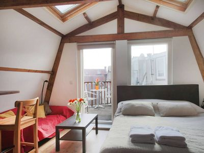 Cozy \u0026 bright studio with balcony in the Jordaan! - Studio Apartment Sleeps 2 & Cozy \u0026 bright studio with balcony in the Jo... - VRBO