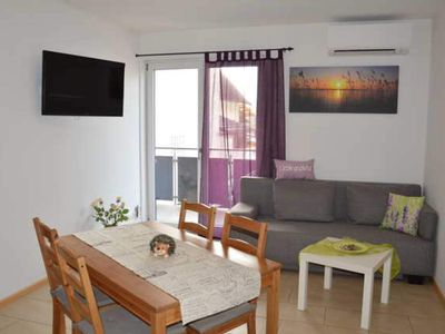 Photo for Apartment II, for max. 6 persons with balcony - Apartments Am Brunnen