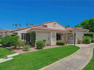 Photo for Mesquite Blissful Bungalow: 2 BR / 2 BA condo in Palm Springs, Sleeps 4