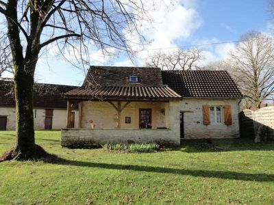 Photo for Gite Saint-Chamarand, 2 bedrooms, 4 persons