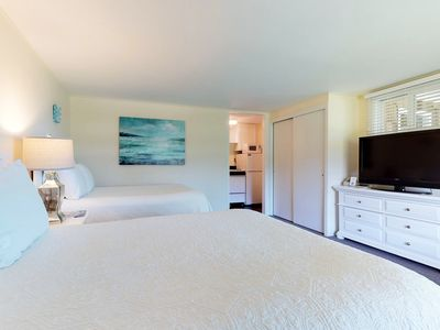 Photo for Enjoy this studio for two w/ shared pool & tennis - close to beaches & town