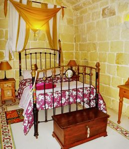 "Photo for ""Il Ballatoio"" is a cozy double bedroom in an ancient bnb structure"