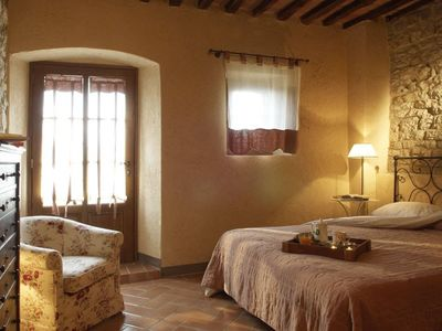 Photo for Castellina in Chianti 1 bed apartment with pool