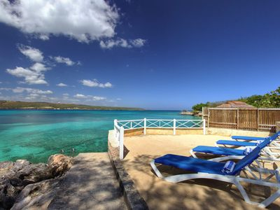 Photo for WATERFRONT! STAFF! SNORKELLING! FAMILY! PLUNGE POOL!Sea Haven - 4BR