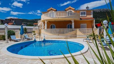 Photo for Holiday house Kaštel Stari for 1 - 13 persons with 6 bedrooms - Holiday house