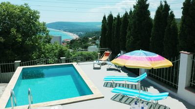 Photo for Stunning fully renovated villa with pool