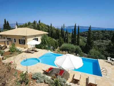 Photo for Comfortable, air-conditioned villa w/pool, few minutes drive from pebble beach