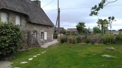 Photo for Beautiful thatched cottage in the middle of the field