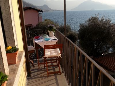 Photo for Elegant, ideal for couples, facing the lake. Balcony with panoramic views.