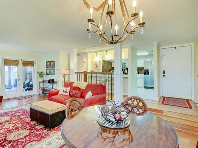 Photo for Spacious condo w/ shared pool and golf on-site! Near the ocean!