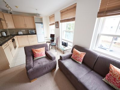 Photo for 1BR Apartment Vacation Rental in Maidenhead, England