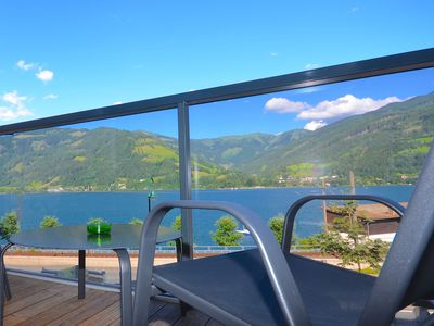 Photo for Alpin & See Resort Top 31a - cosy modern apartment with lake view