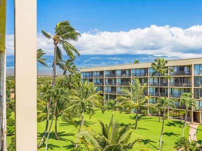 Photo for Maui Sunset condo suite A-412, superior view