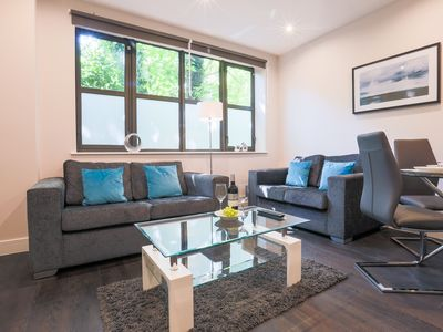Photo for Stylish 1 Bedroom apartment - Watford, with transport links to Central London
