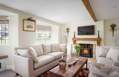 Photo for Halfway House is a beautiful Cotswold stone cottage, located on a peaceful street in Broadway