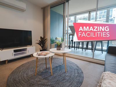 Photo for ★Infinity on Morphett★In the heart of the CBD★✔Wifi✔Nespresso✔Netflix✔